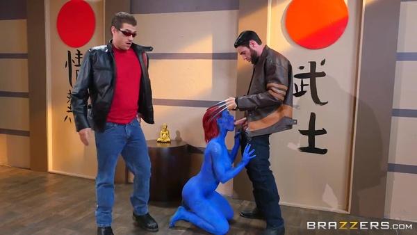 Люди Икс (XXX пародия): хитрая Мистик трахается в знак примирения