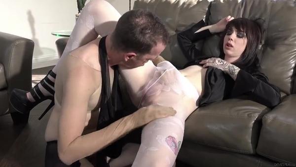 Сексуальные фетиш развлечения мужика и татуированного транса