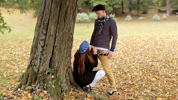 Странное знакомство и секс романтичных французов