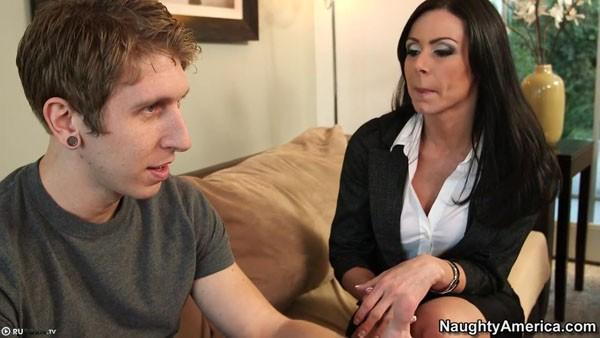 Красивый секс секретарши и студента