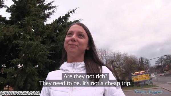 Большим членом дерет молоденькую девушку за деньги